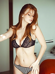 Leanna Decker 12 pictures