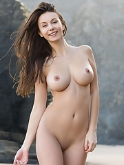 Alisa I in A Perfect Day by Femjoy