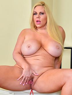 Pornstar Karen Fisher