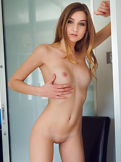Pornstar Amelia Gin porn-star.com free pictures and videos