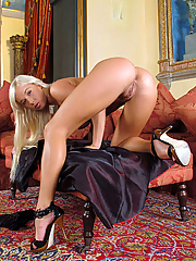 Natali Blond 15 pictures