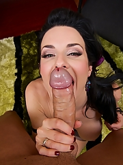 Veronica Avluv 16 pictures