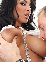 Anissa Kate 15 pictures
