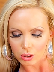 Nikki Benz 15 pictures