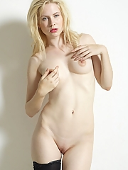 Blonde 12 pictures