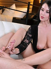Noelle Easton 16 pictures