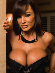 Lisa Ann 15 pictures