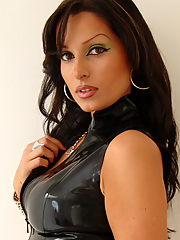 Latina latex lover Izabella dresses up shiny kinks