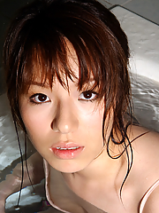 Seductive japanese babe Towa Aino teasing in the bathtub