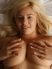 Kylie Page 12 pictures