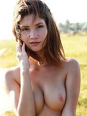 Brunette 16 pictures